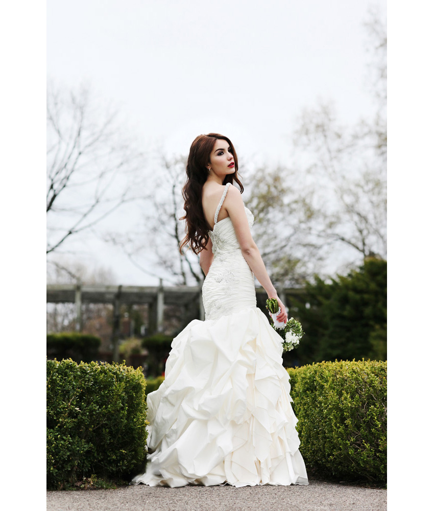 Creative wedding photo shoot in high park toronto for Full body wedding dress