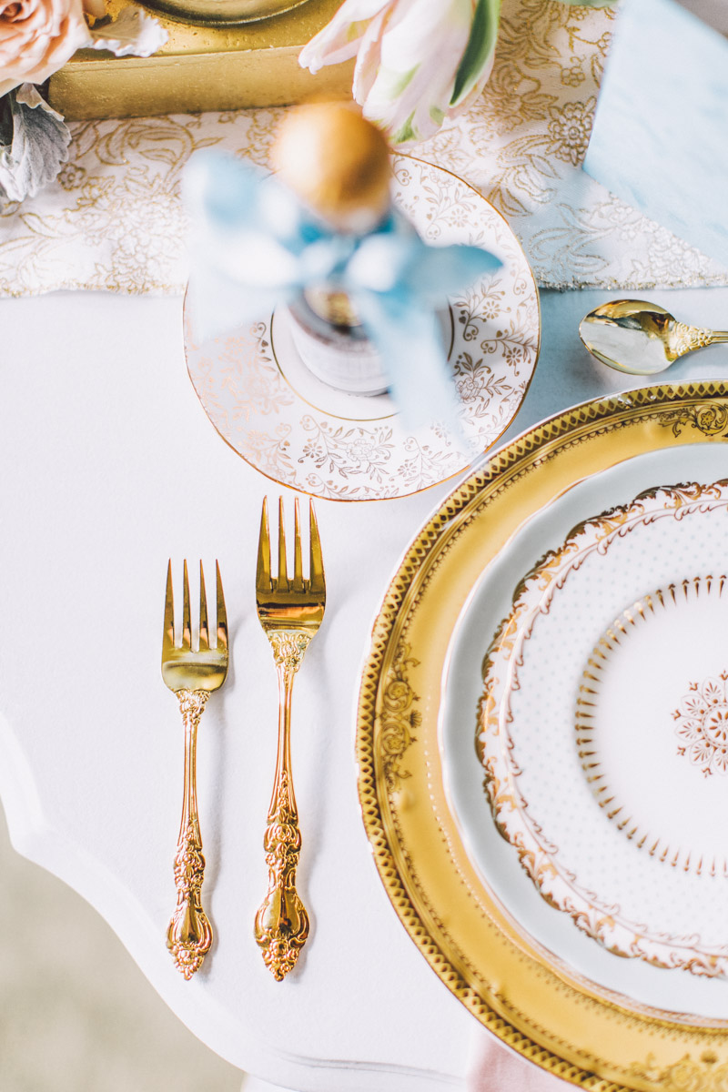 wedding dinner plate setting