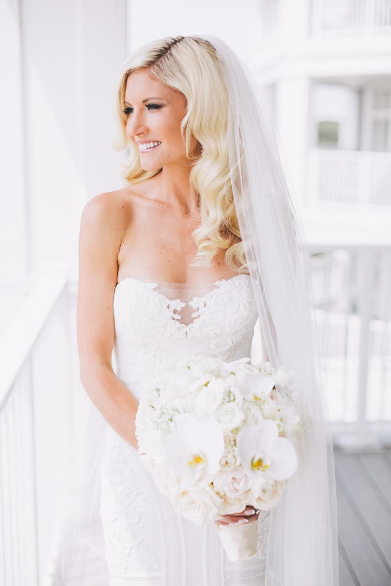 beautiful muskoka bride