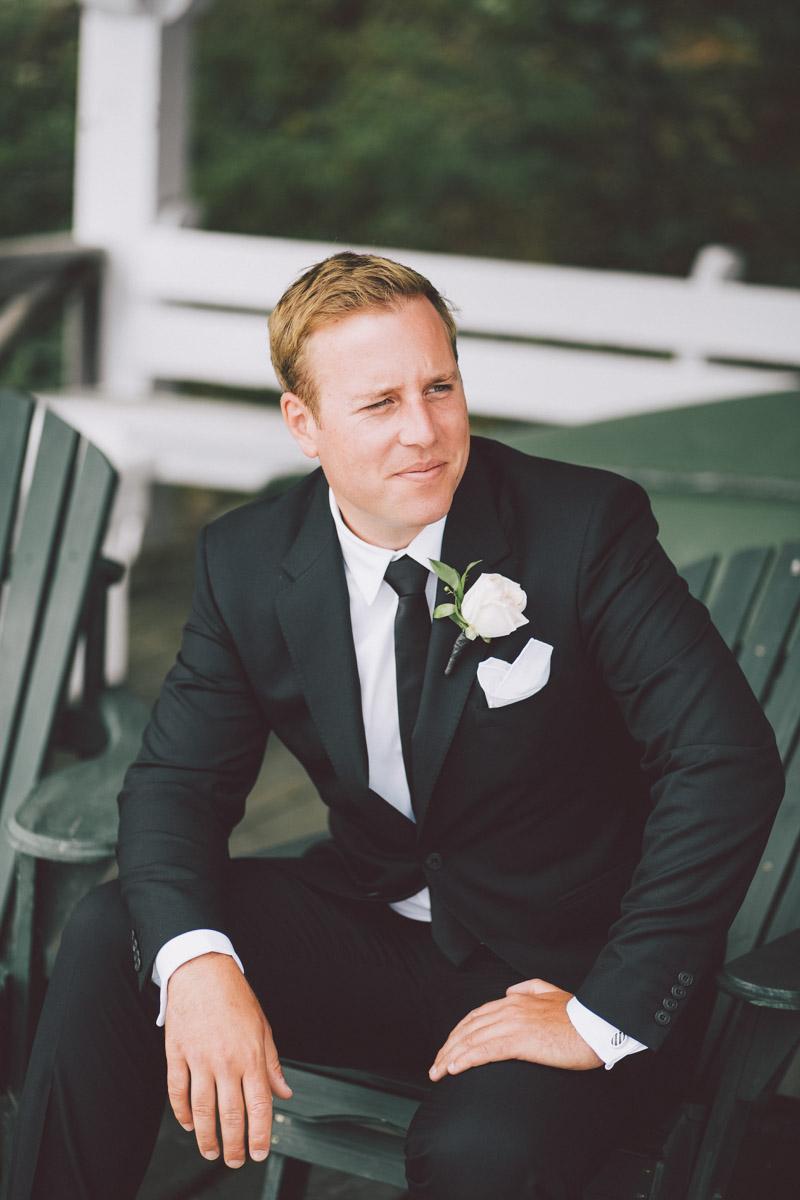 groom in muskoka chair