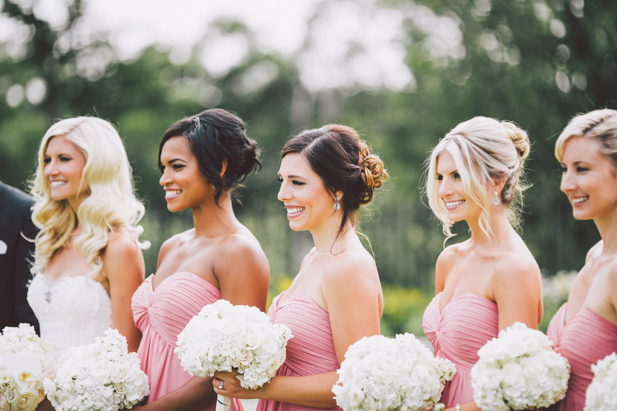 bridesmaids posing for group shots