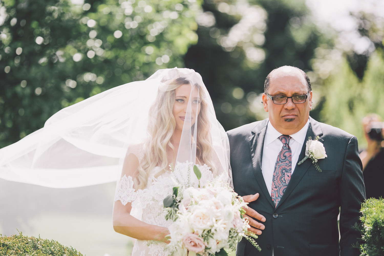 big backyard wedding ceremonies