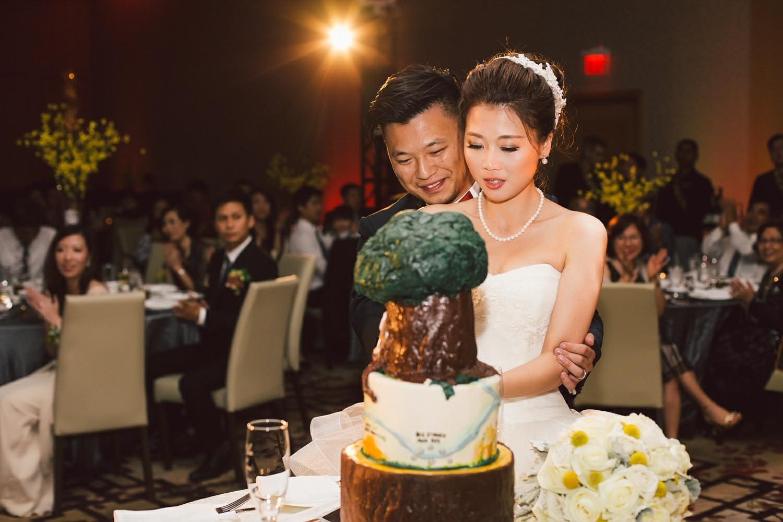 Shangri La Toronto Wedding Purple Tree Wedding Photographers
