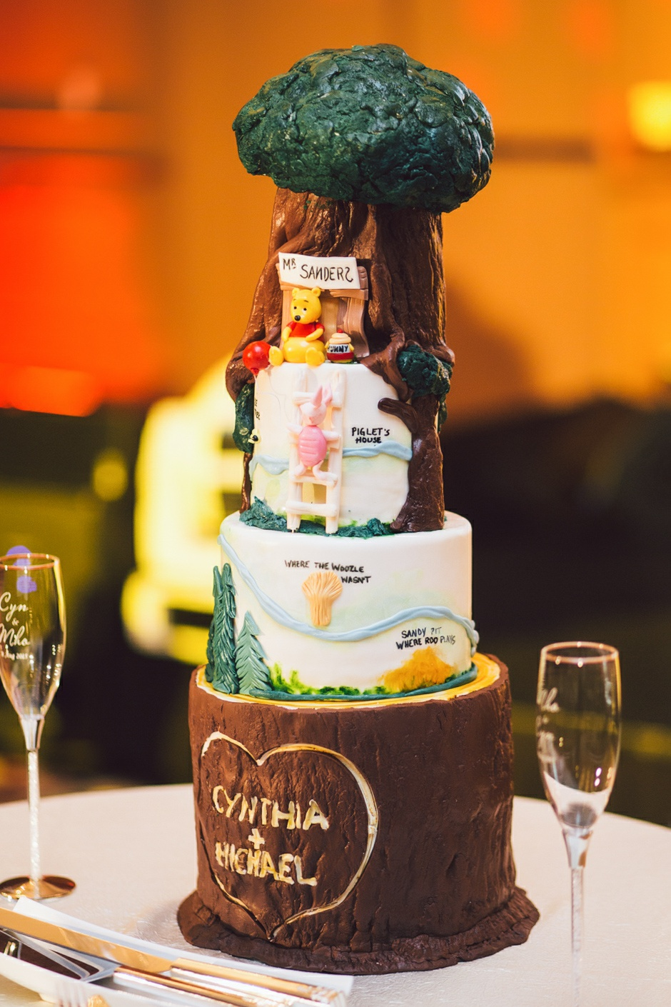 winnie the pooh wedding cake