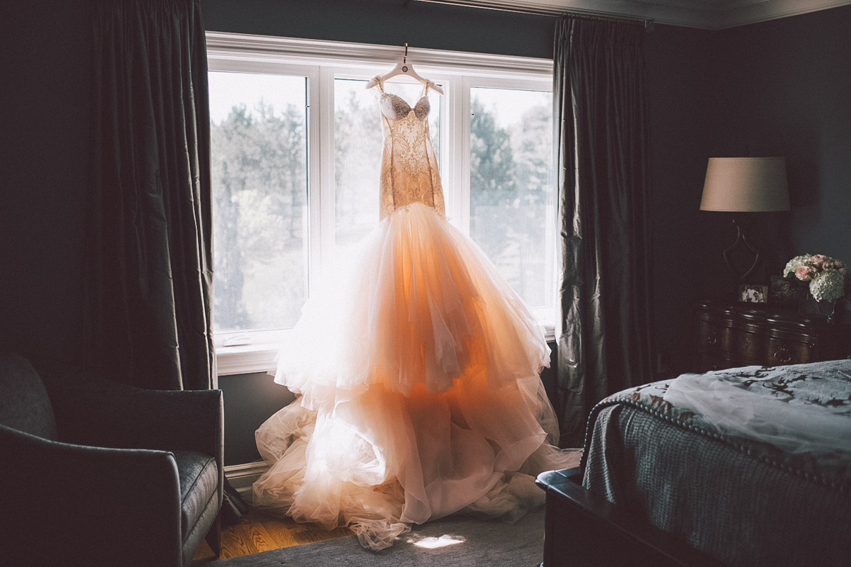 beautiful off white wedding dress