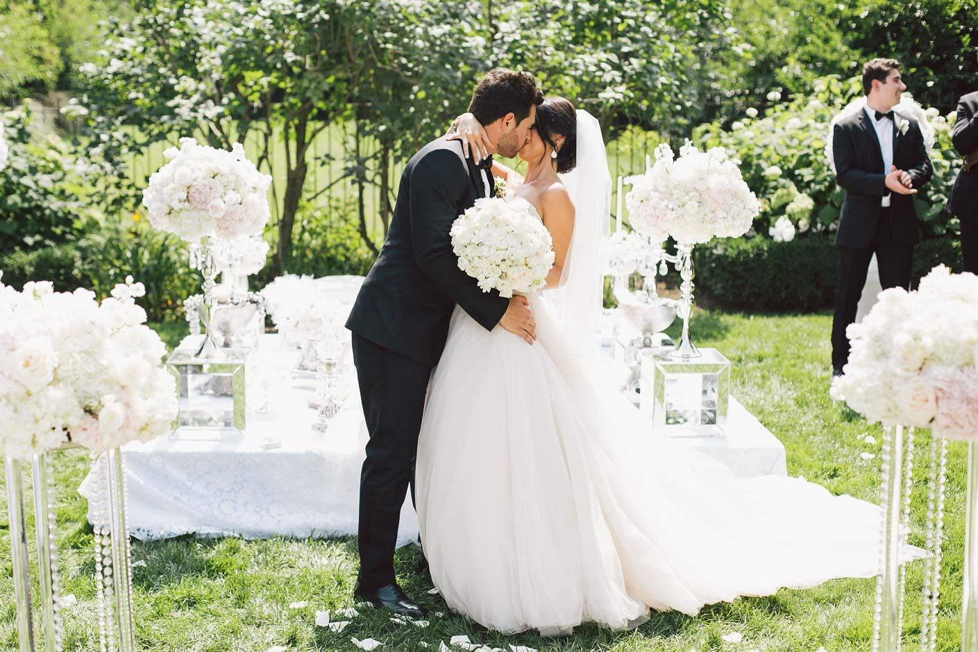 first kiss at graydon hall
