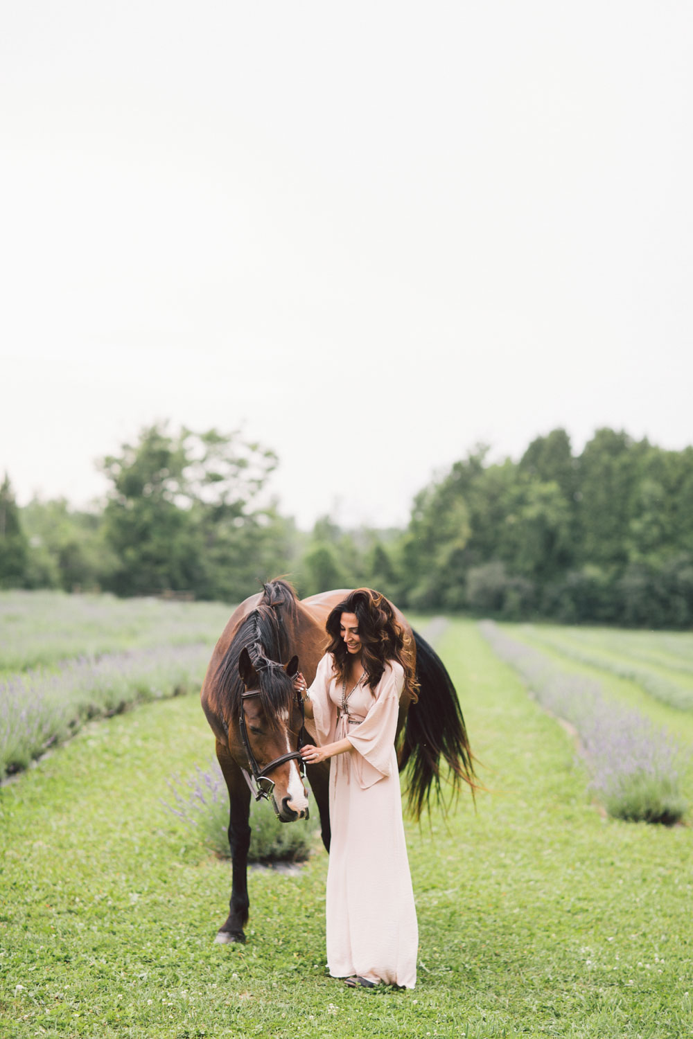 engagement photo shoot with horses