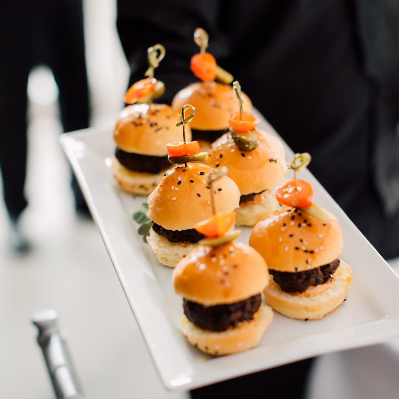 mini burgers at the wedding