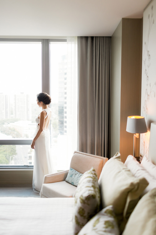 bride at Four Season Hotel Toronto