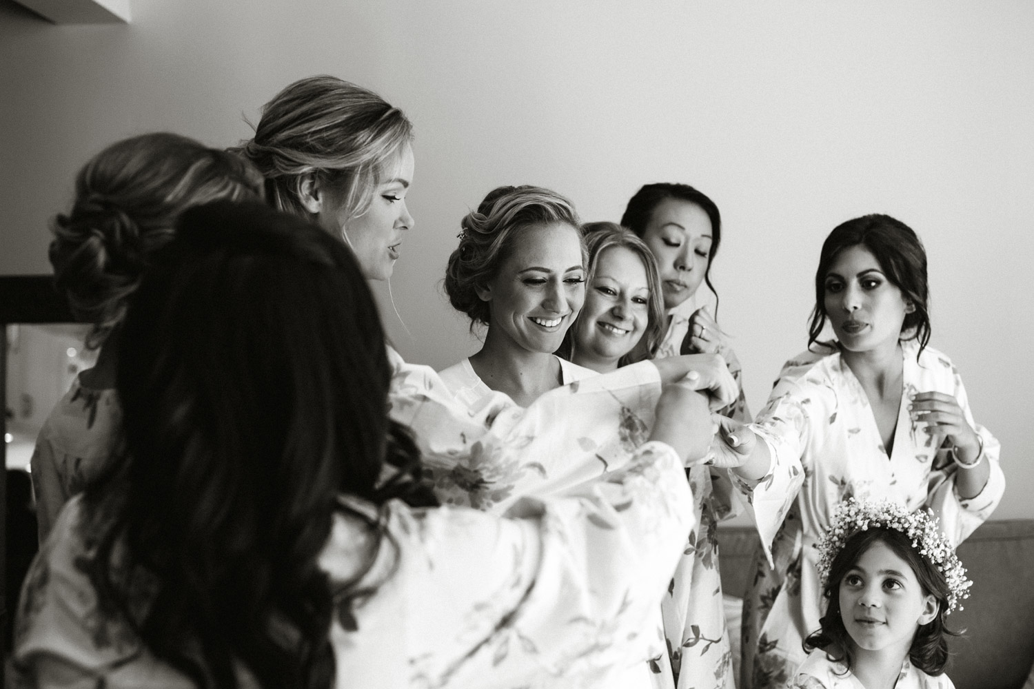 bridesmaids getting ready