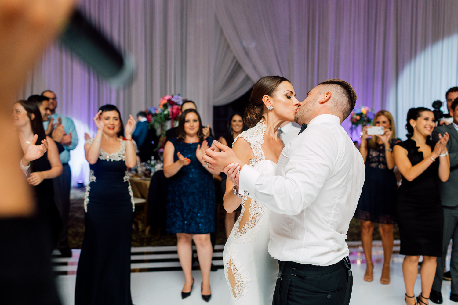 couple kissing dancefloor