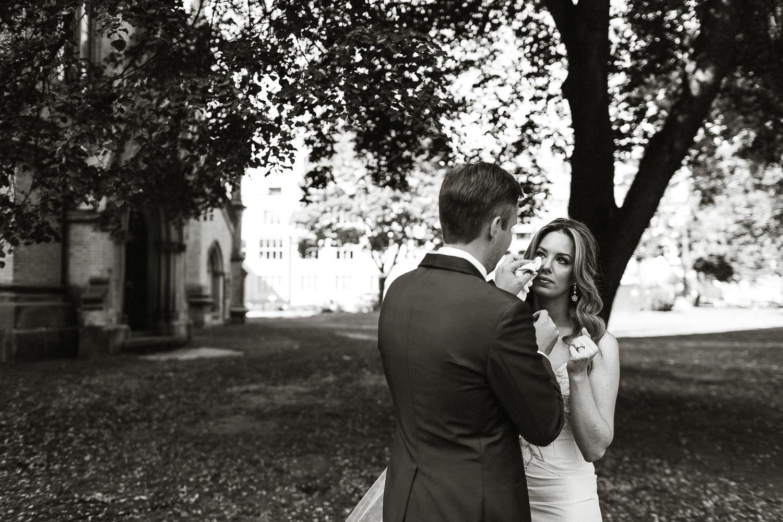 emotional-wedding-photos-toronto-1