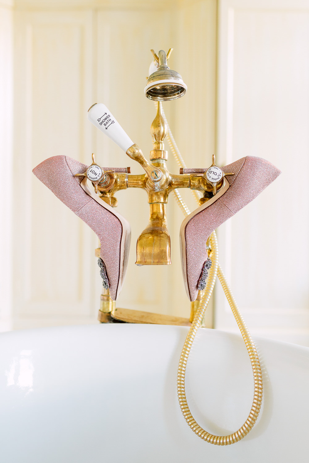 bathtub wedding manolo heels