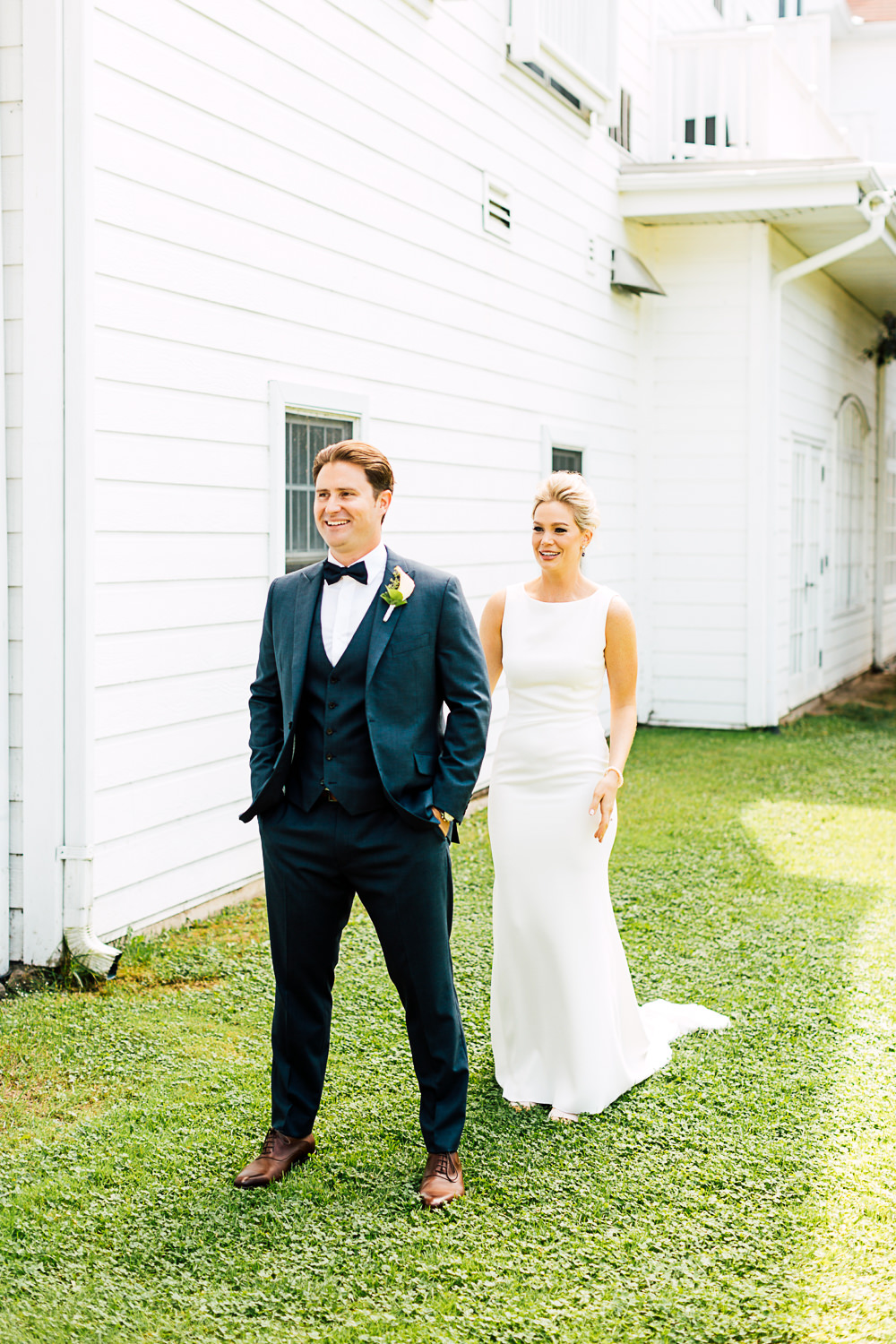 muskoka wedding first look