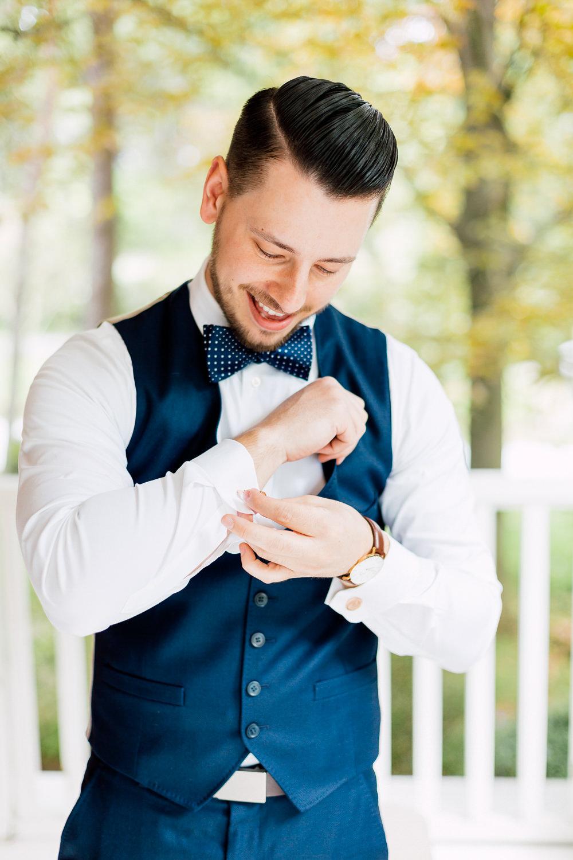 niagara groom