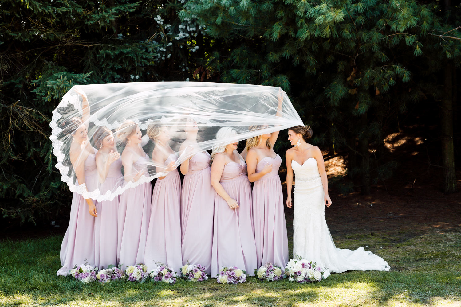 bridesmaids veil photo