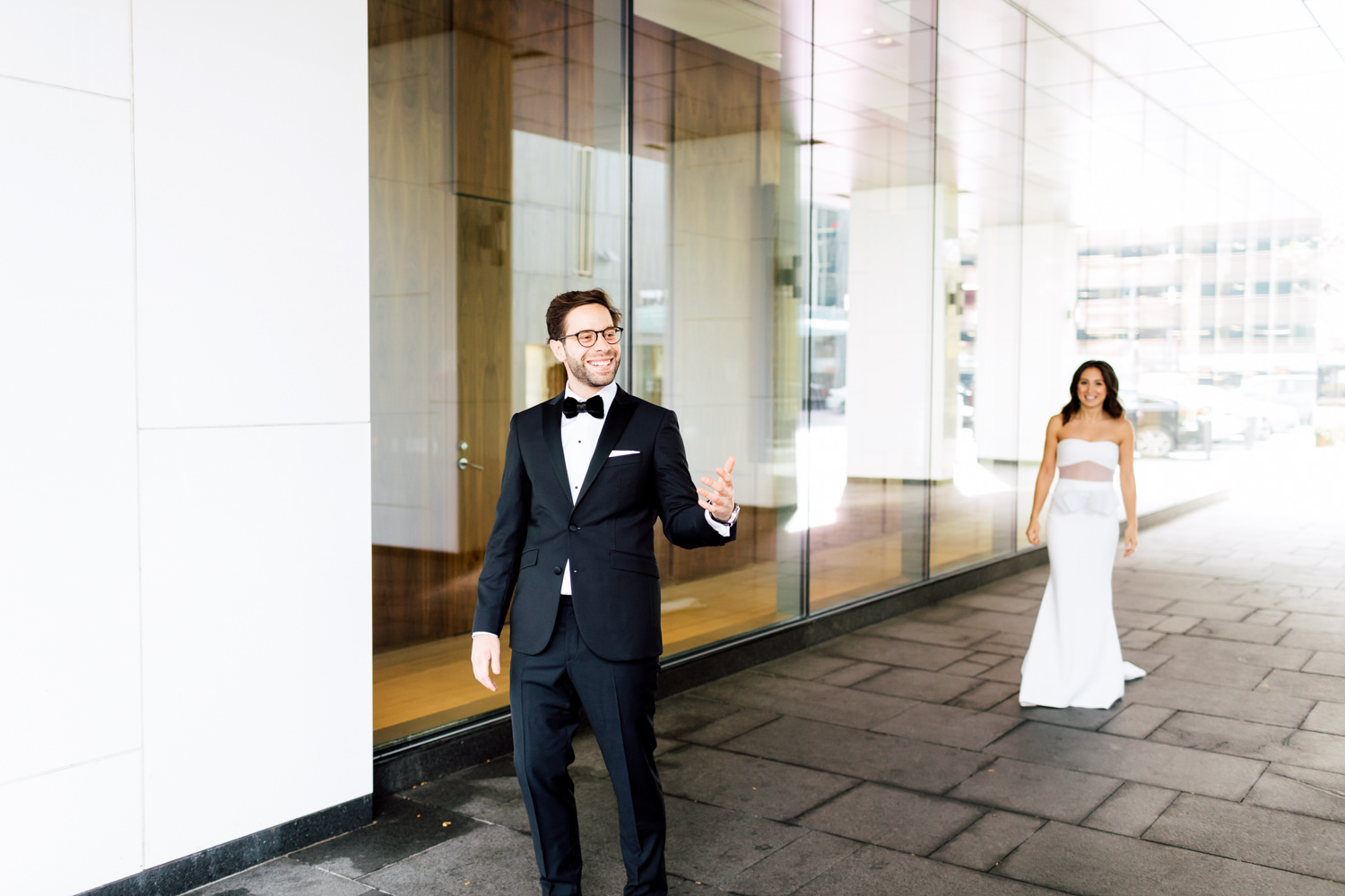 first look toronto wedding
