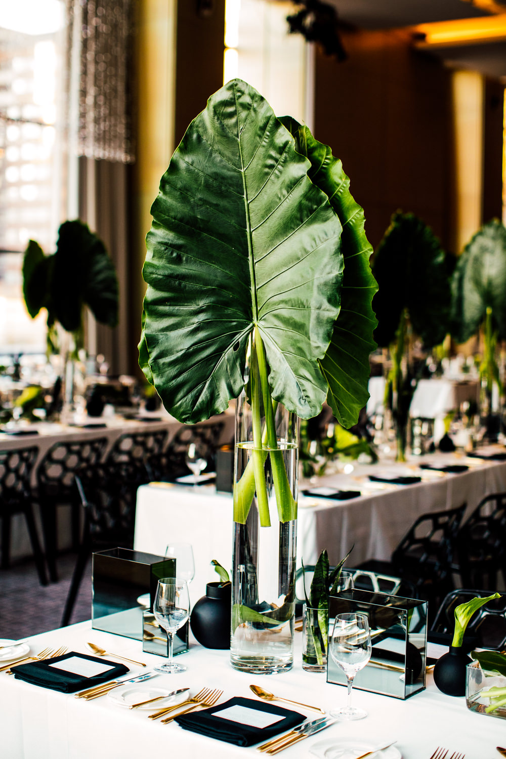 palm leaves centre piece