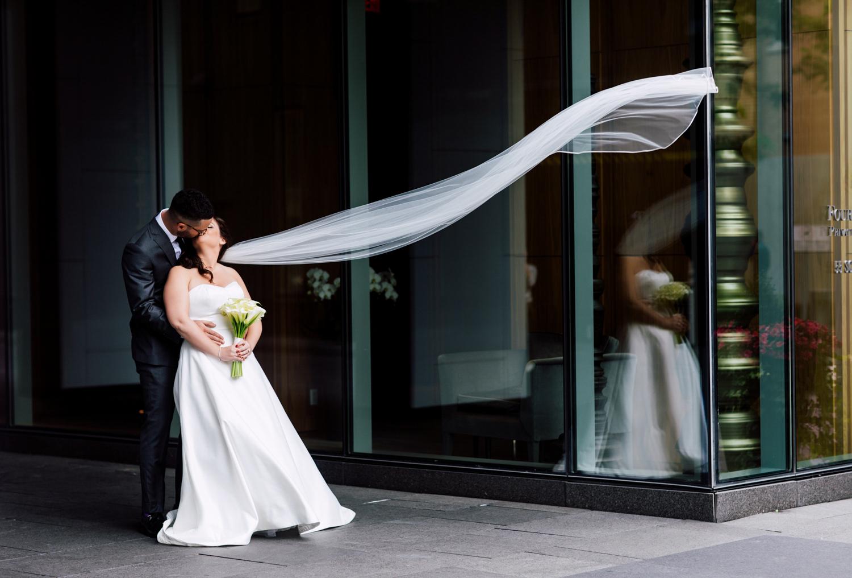veil flying