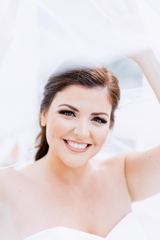 olena makeup artist