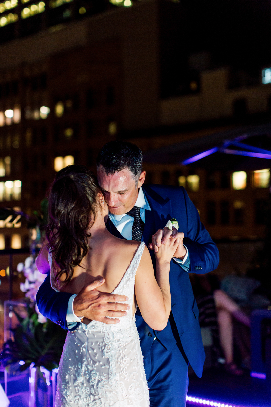 urban toronto first dance wedding
