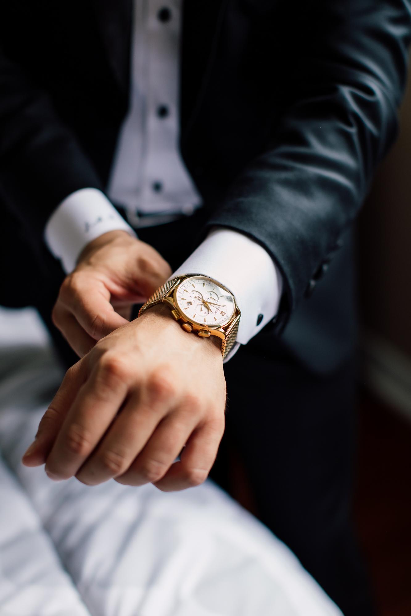 groom watch wedding gift