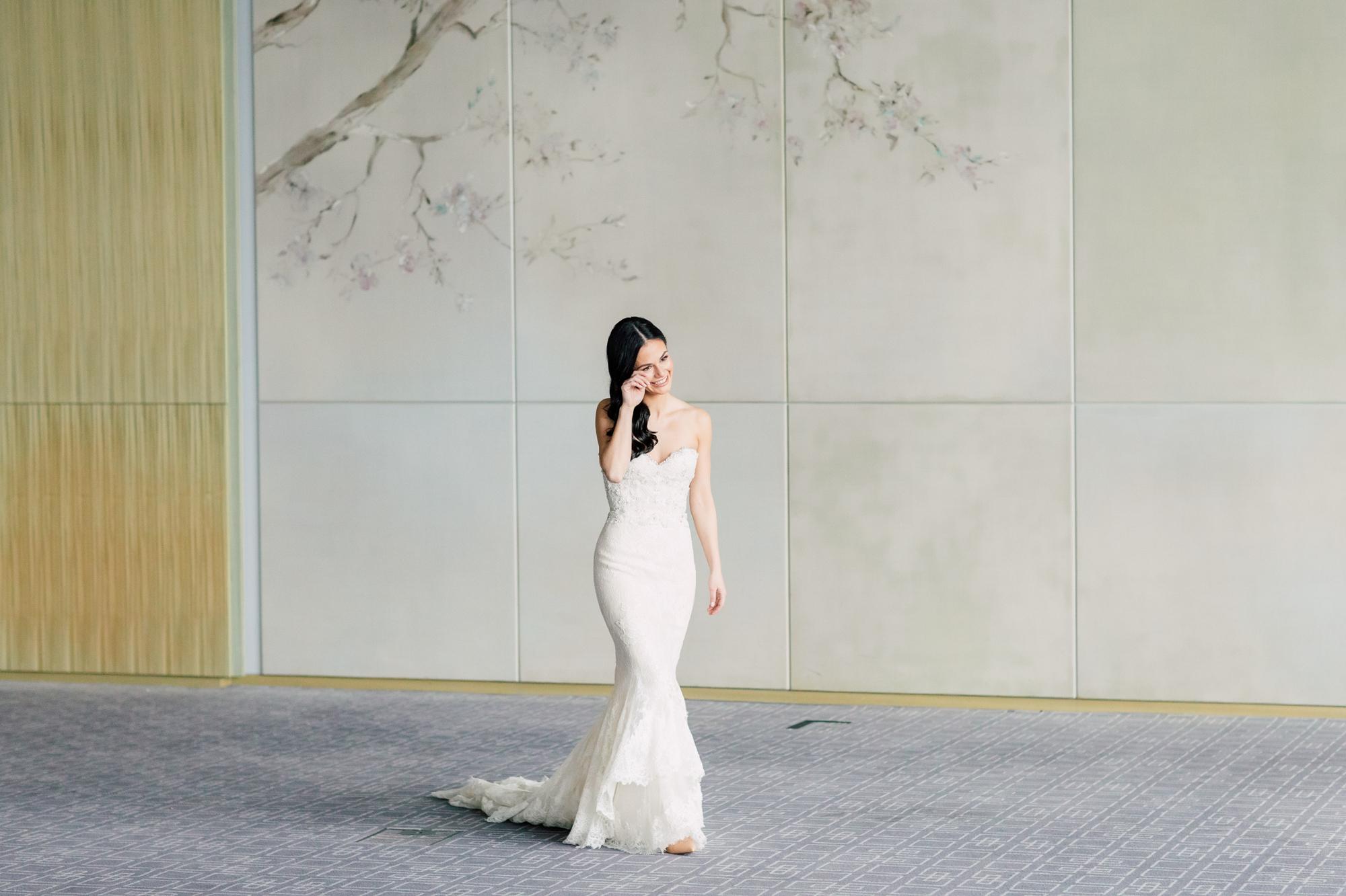 ines di santo bride first look