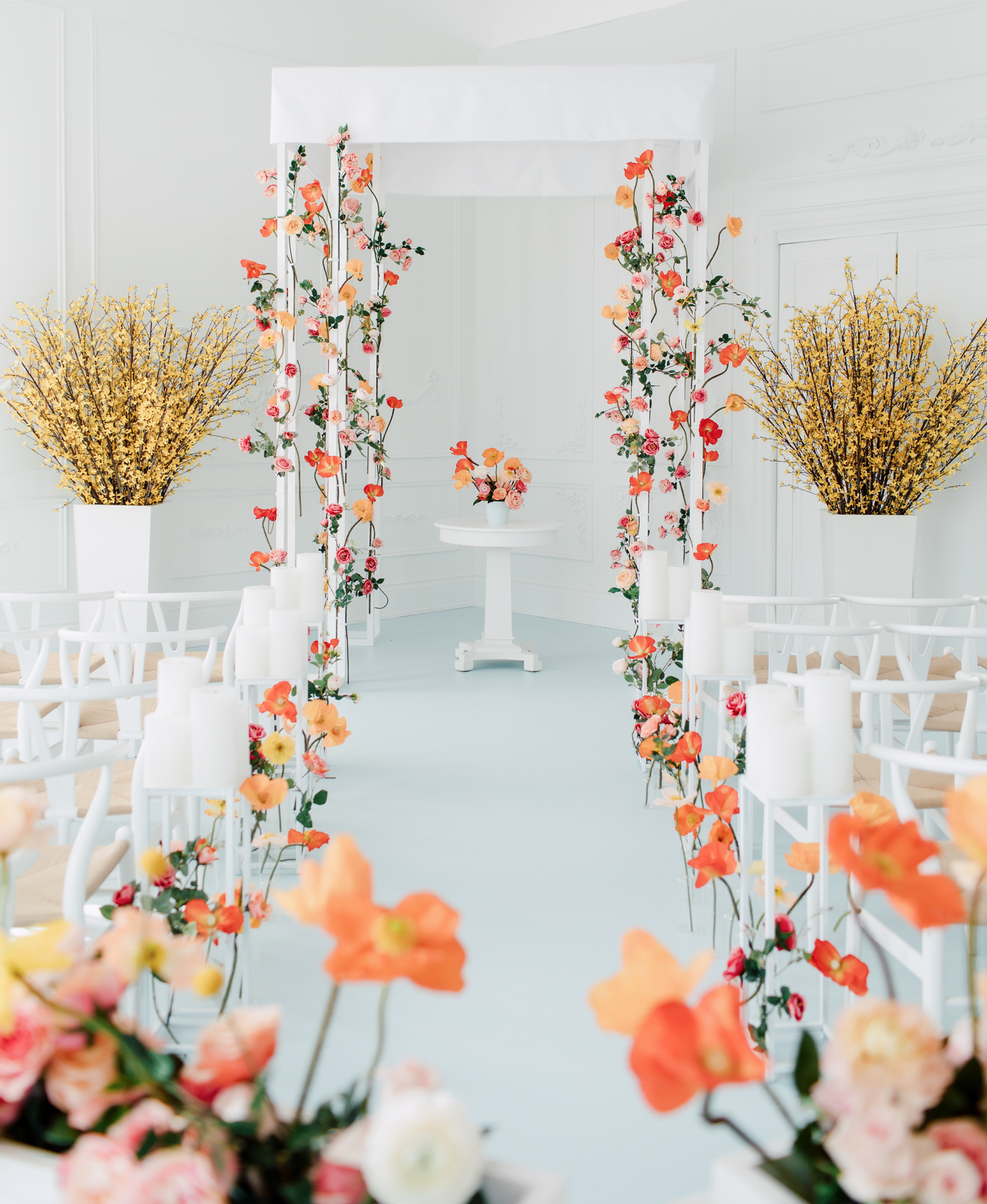 minimal spring wedding ceremony
