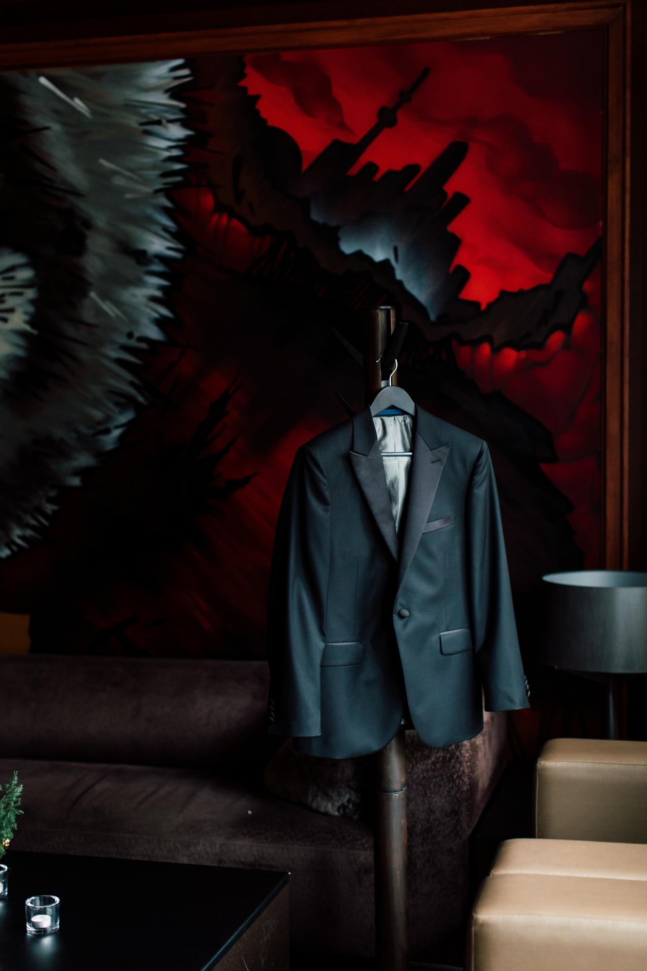 jerome's menswear groom tuxedo