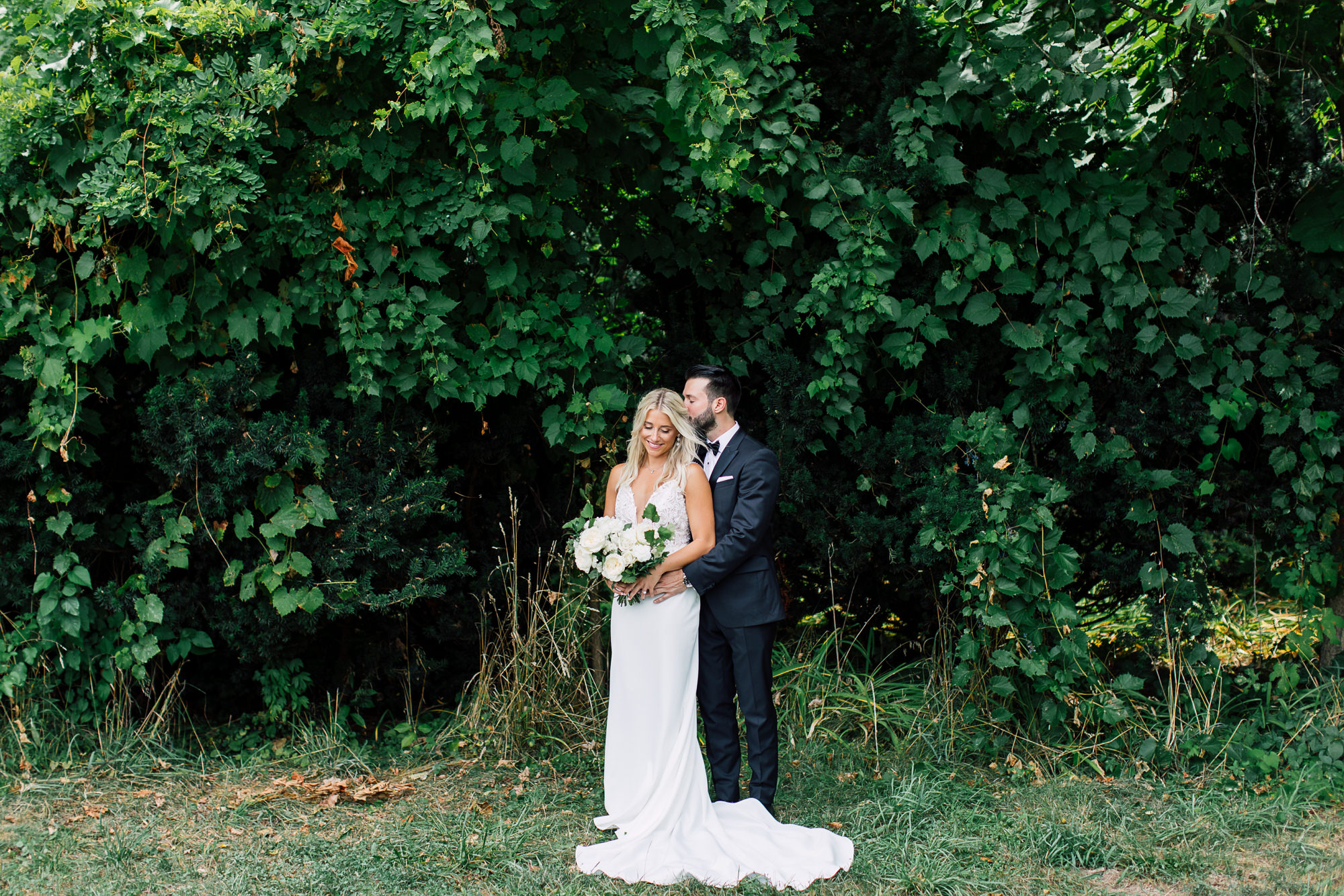 greenery wedding portrait