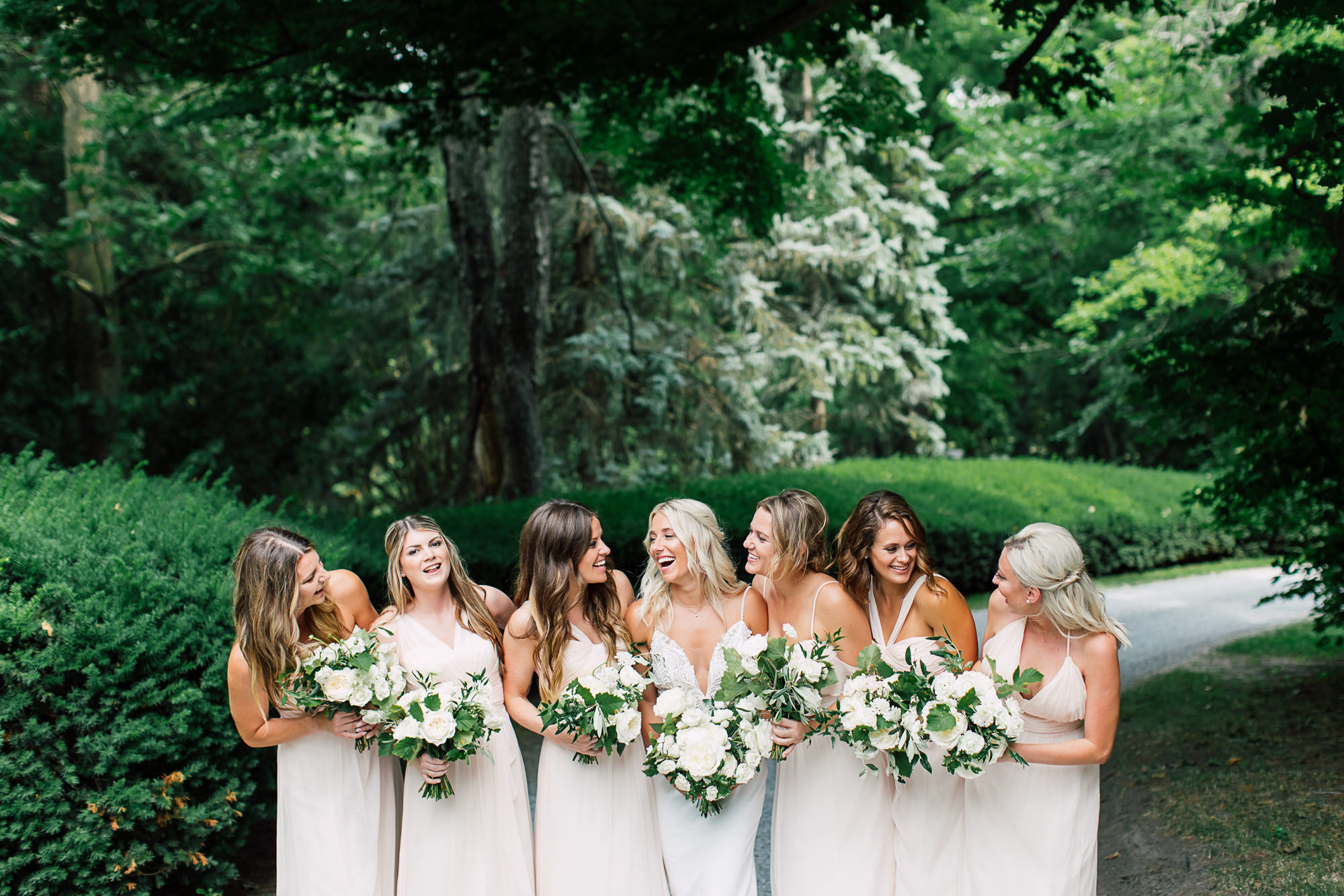bridesmaid candid