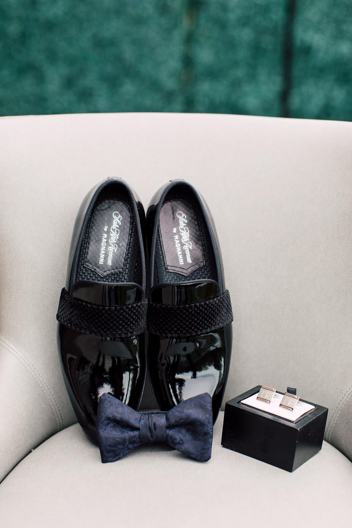 groom details bowtie