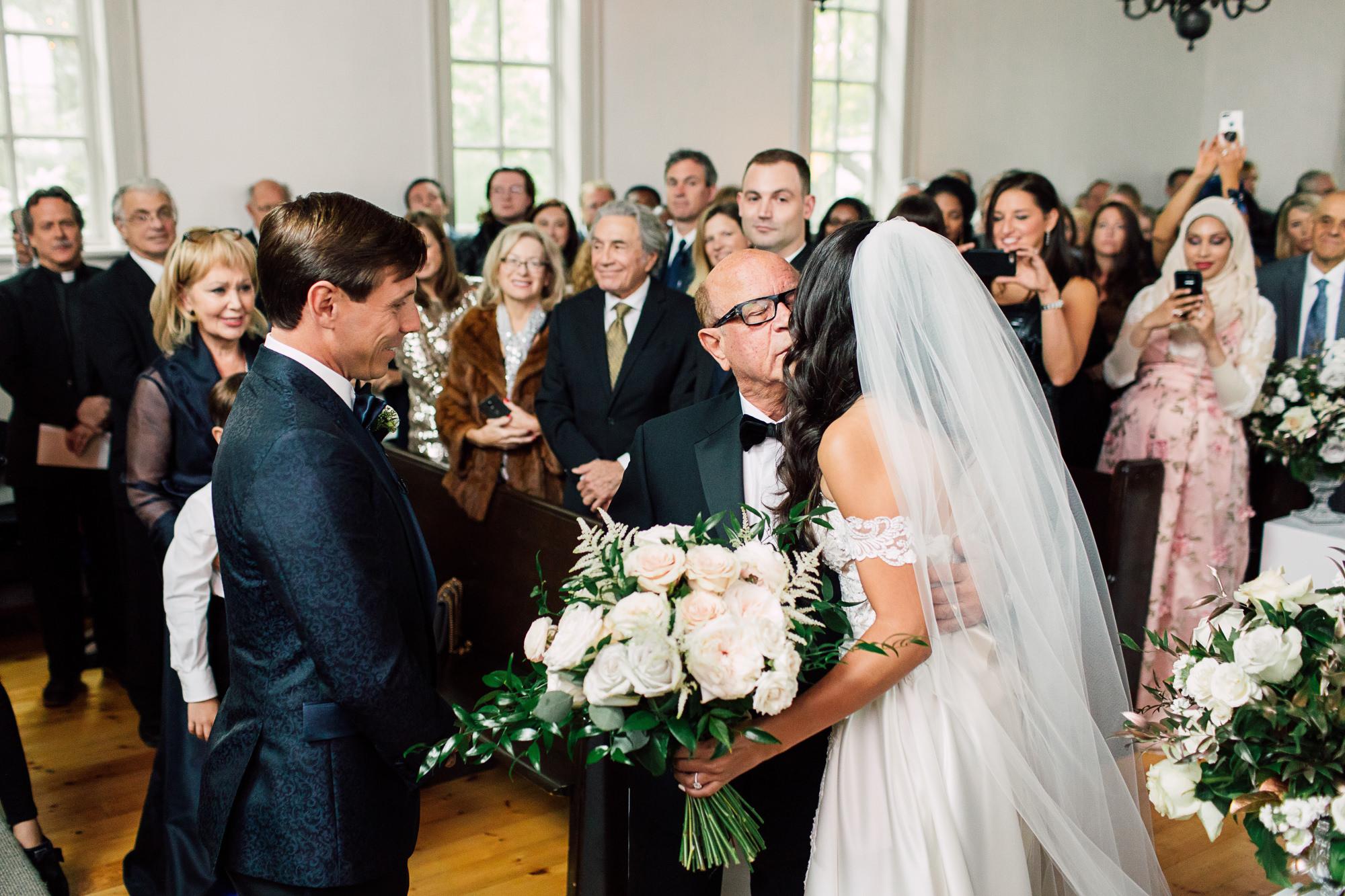 bride father aisle