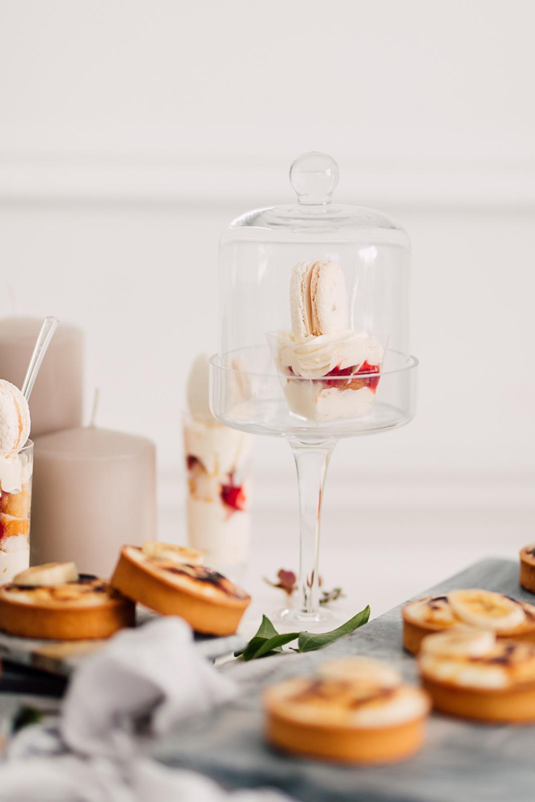 cakelaine dessert table